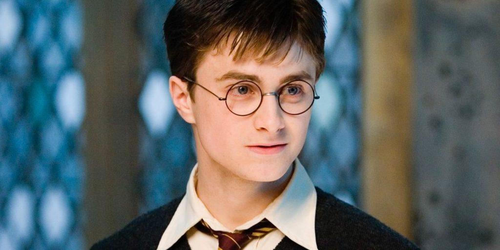Get deep into Harry potter's life
